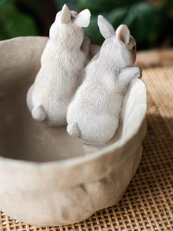 dekorativnyj czvetochnyj gorshok bunnies juhan 2