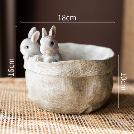dekorativnyj czvetochnyj gorshok bunnies juhan 7