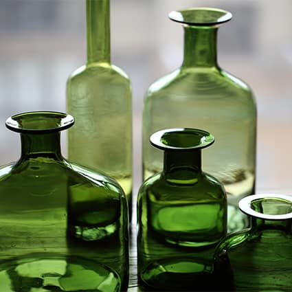vaza steklyannaya green glass juhan 3