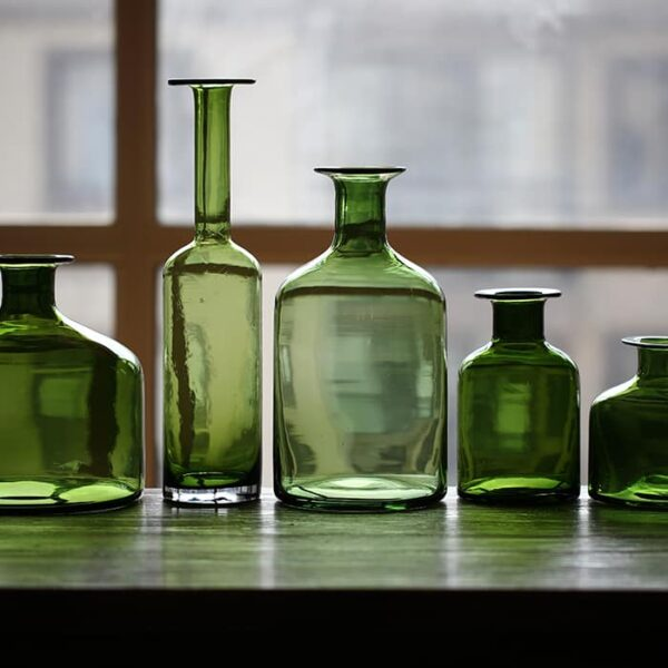 vaza steklyannaya green glass juhan 4