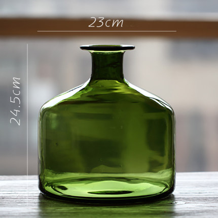 vaza steklyannaya green glass juhan 9
